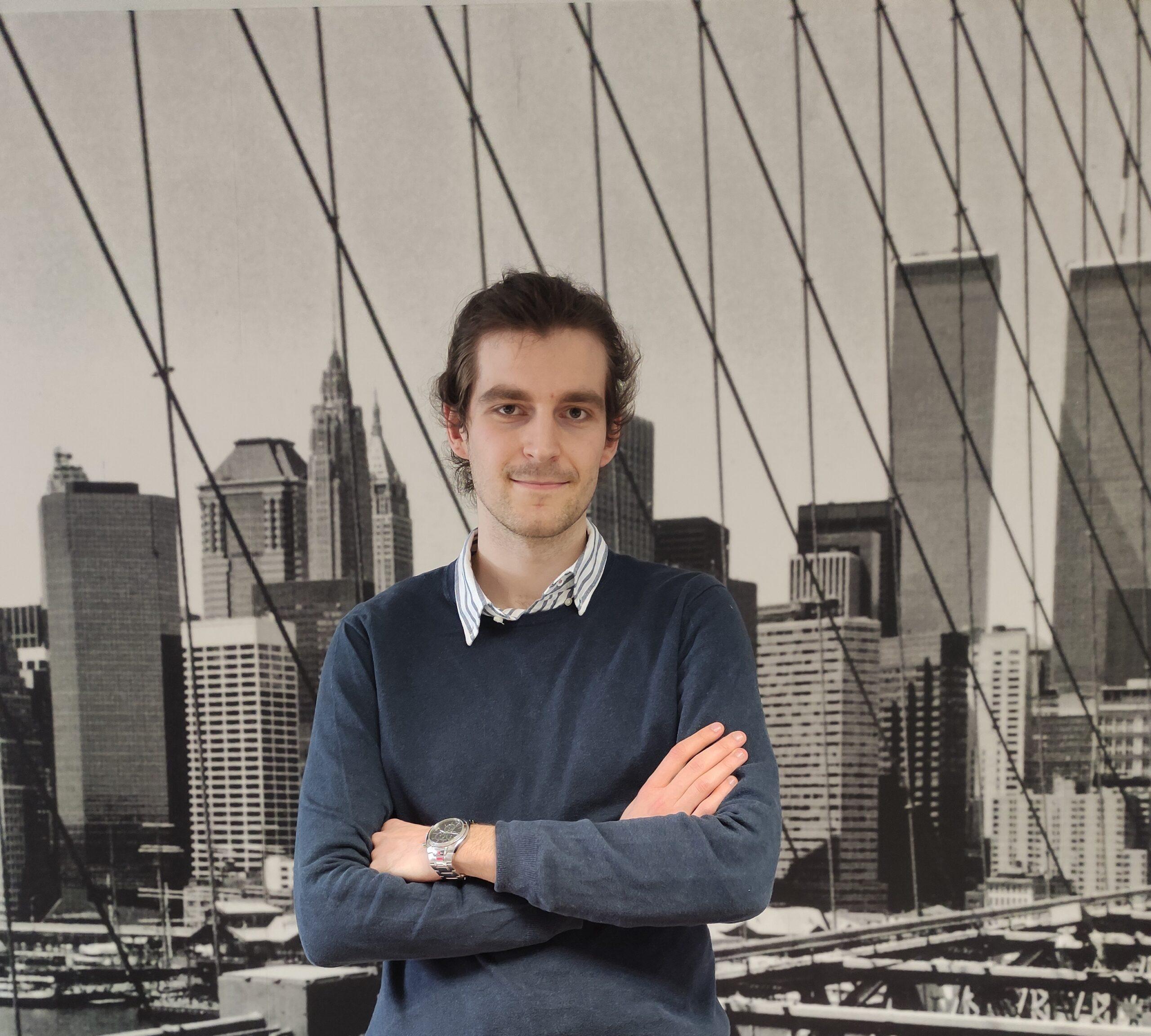 Miguel Cerezo Piñas, Junior consultant OAK